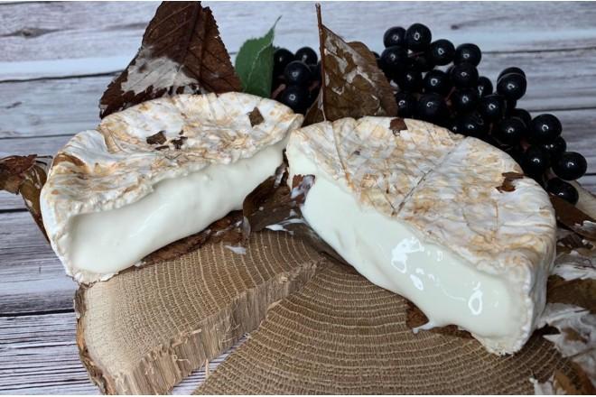 Мягкий козий сыр влистьях каштана порецепту Банон
